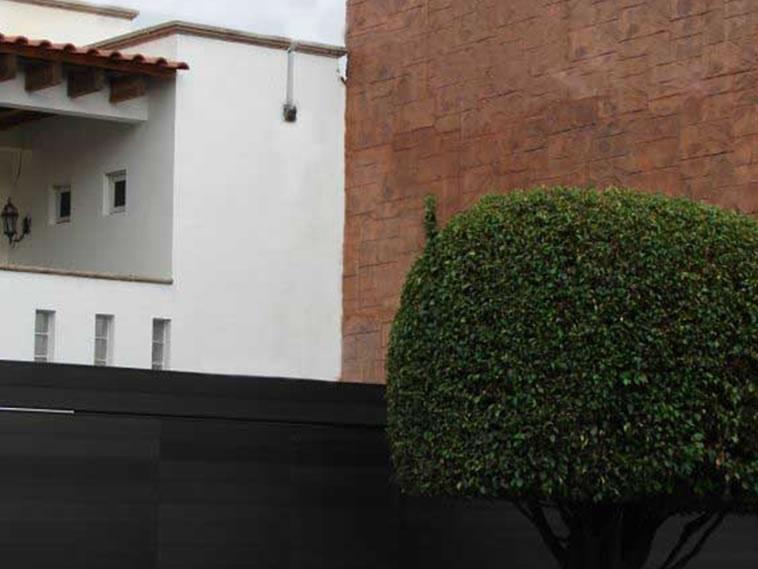 <p>Molde en muro Mountain Ashler<br />Color: Camel<br />Desmoldante: Negro<br />Ejecución: Solidez<br />León, Gto</p>