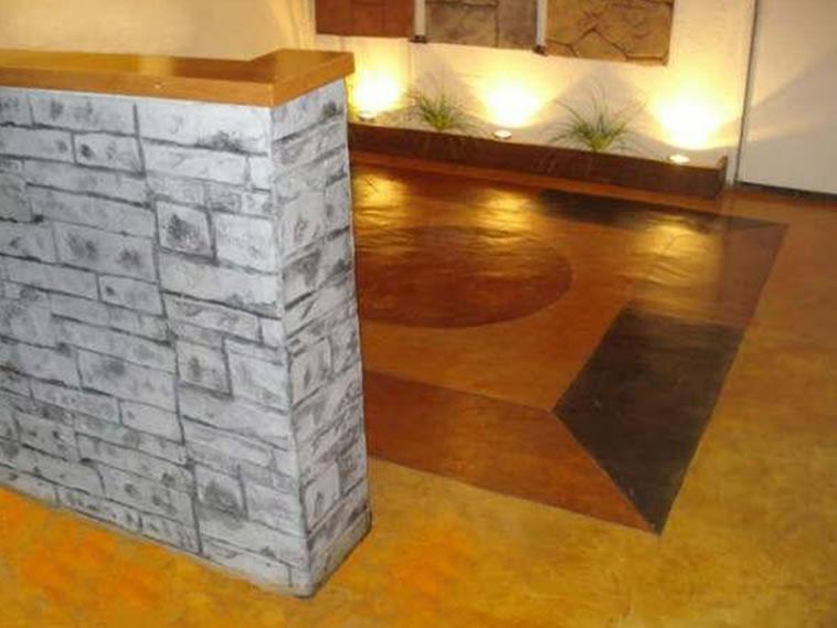 <p>Molde en muro Pile Stone<br />Color: Moon<br />Desmoldante: Negro <br />Ejecución: Solidez<br />León, Gto.</p>