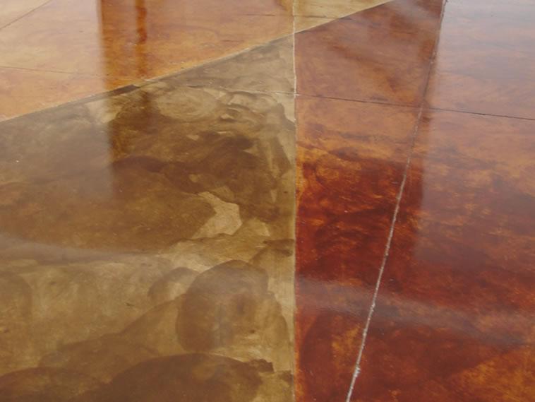 <p>Concreto Oxidado.<br />Color: Sunshine, Habana, Darken, Egyp.<br />Ejecución: Arq. Gabriel Betancourt. <br />León, Gto.</p>