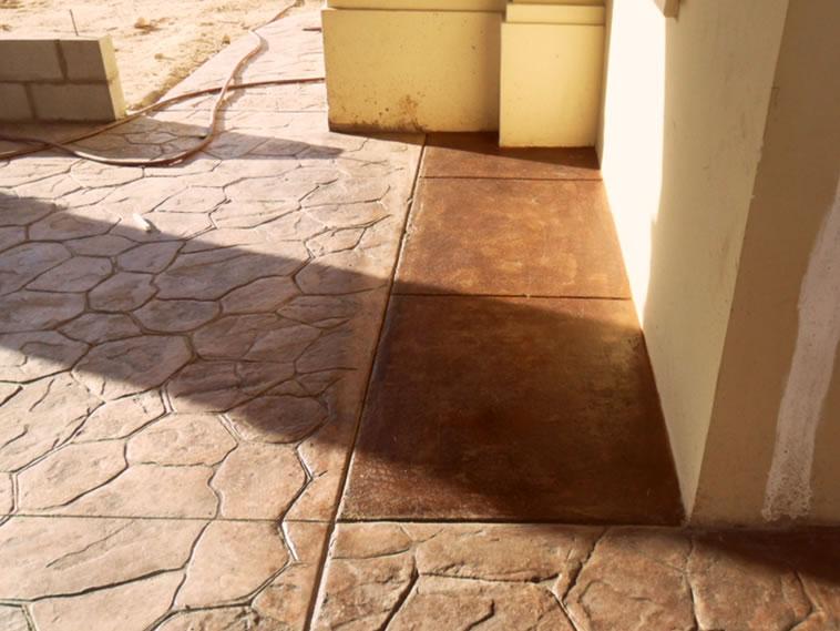 <p>Concreto Oxidado<br />Color: Encino<br />Ejecución: Productos y Servicios Franos, Arq. Francisco Herrejon<br />Mexicali, BC</p>